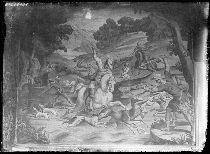 Intérieur : tapisserie murale, scène de bataille