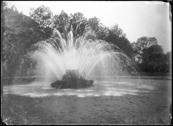 Parc : bassin de la grande gerbe