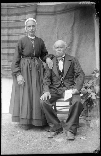 Portrait de la famille Rotte et Beranger, un couple de personens âgées