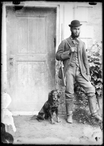 Portrait de Monsieur de Morandieu en chasseur avec son chien
