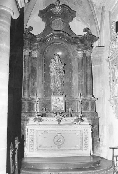 autel latéral : de la Vierge à l' Enfant