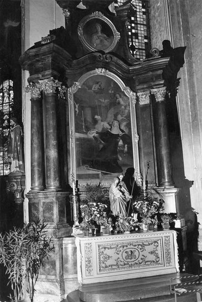 autels retable latéral : La mort de sainte scholastique