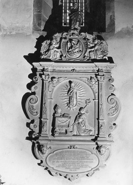 monument funéraire de Grégoire Matern, abbé du monastère d'Altorf
