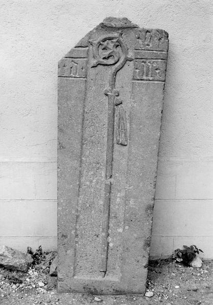 dalle funéraire d'un abbé de l'abbaye de Baumgarten