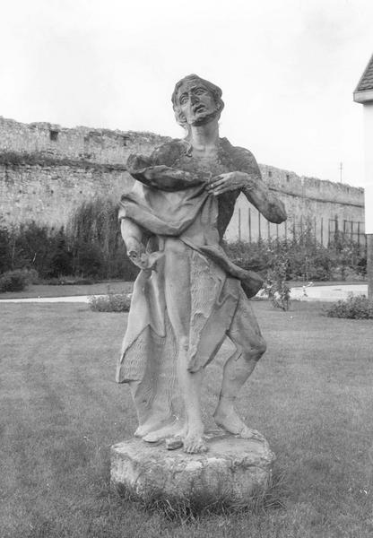 Statue : saint Jean-Baptiste (vue d'extérieur)