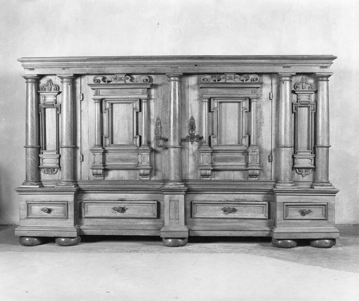armoire (bas d'armoire)