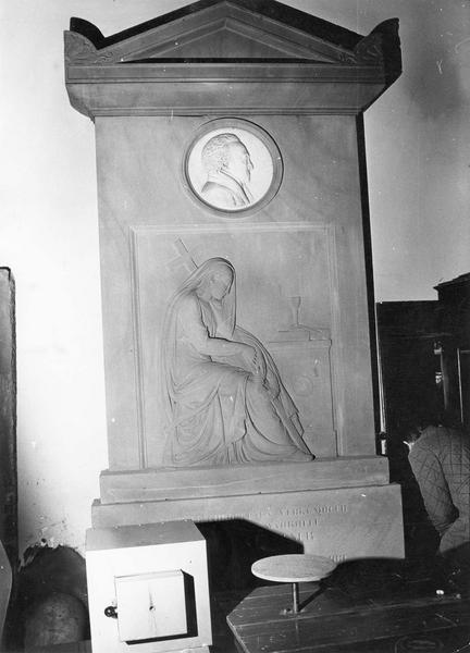monument sépulcral : d'Isaac Haffner
