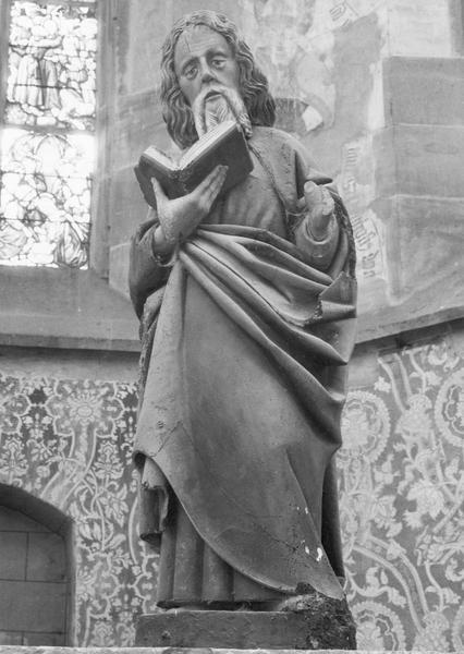 2 statues : saint Jacques, saint Philippe
