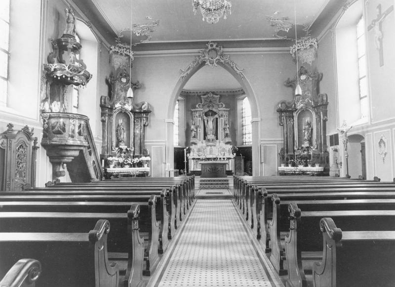 autels (2) (autels secondaires), chaire à prêcher