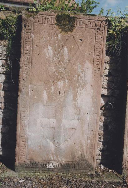 Dalle funéraire d'un fils d'Anselm von Hohenstein