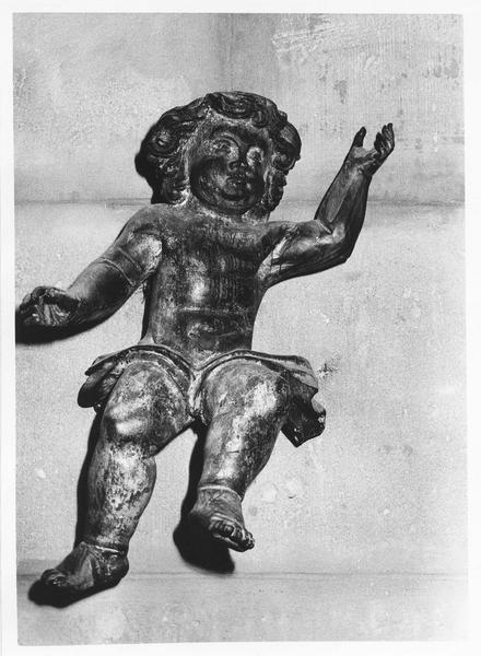 statues : quatre anges