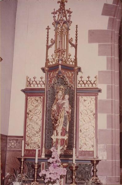 Autel retable de la Vierge, statue : Vierge à l'Enfant