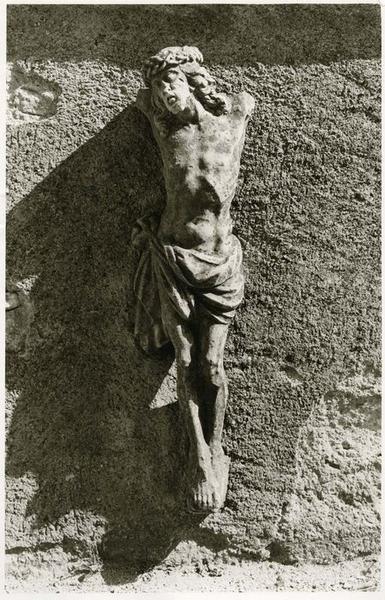croix : Christ en croix, vue générale