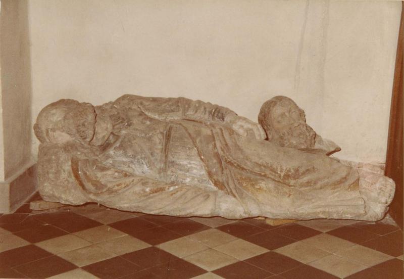 vestiges du mont des oliviers : saint Pierre endormi et tête de saint Jacques