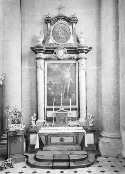 autel, tabernacle, retable, tableaux (2), statues (2) : martyre de saint Sébastien, Vierge à l'Enfant, deux anges adorateurs, de saint Sébastien, vue générale