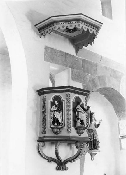 Chaire à prêcher, 3 statues : saints Mathieu, saint Marc, saint Luc