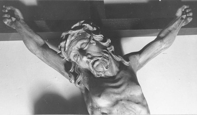 croix : Christ en croix, vue partielle