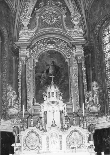 Autel, tabernacle, 2 reliefs, retable, tableau : l'Assomption, 2 groupes sculptés (maître-autel)