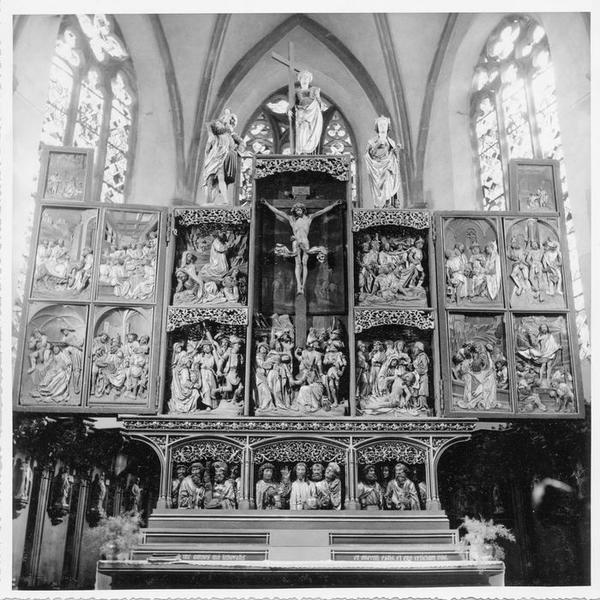 retable, hauts-reliefs (18), statues (4), tableaux (2), du maître-autel, vue générale