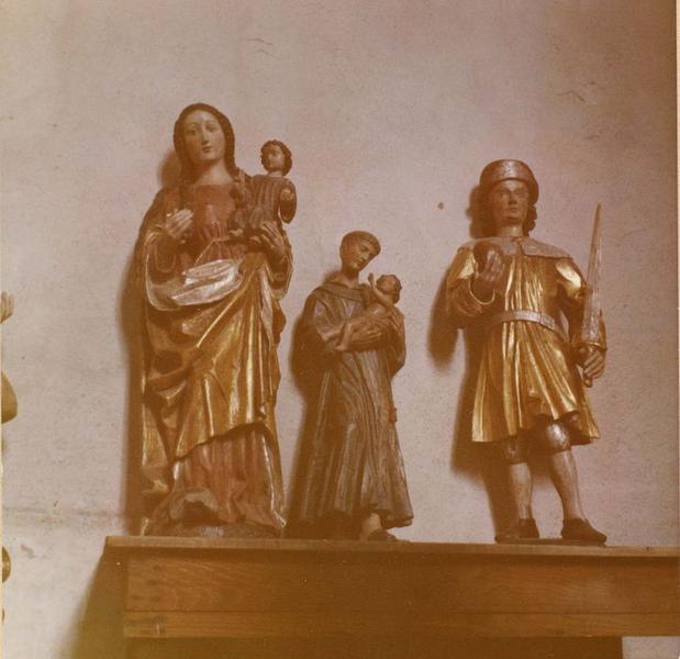 statue : saint Eulogius (?), Stanislas (?), Koska (?), statue: religieux avec un mouton, statue: Vierge à l'enfant, vue générale