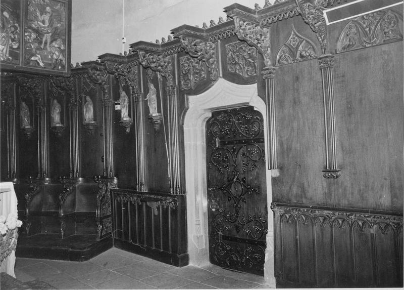 stalles, lambris de revêtement, statues (20), vue partielle
