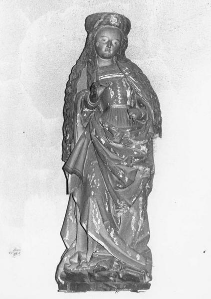 statue : sainte Catherine d'Alexandrie, vue générale