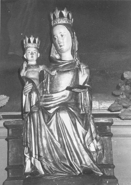 statue : Vierge à l'Enfant trônant, vue générale