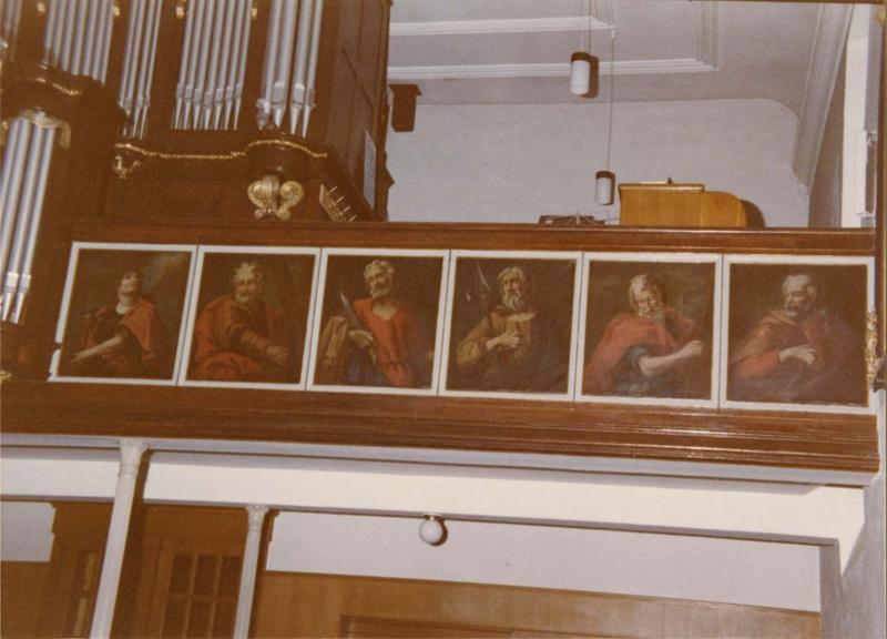 tableaux (12) : les apôtres, vue partielle