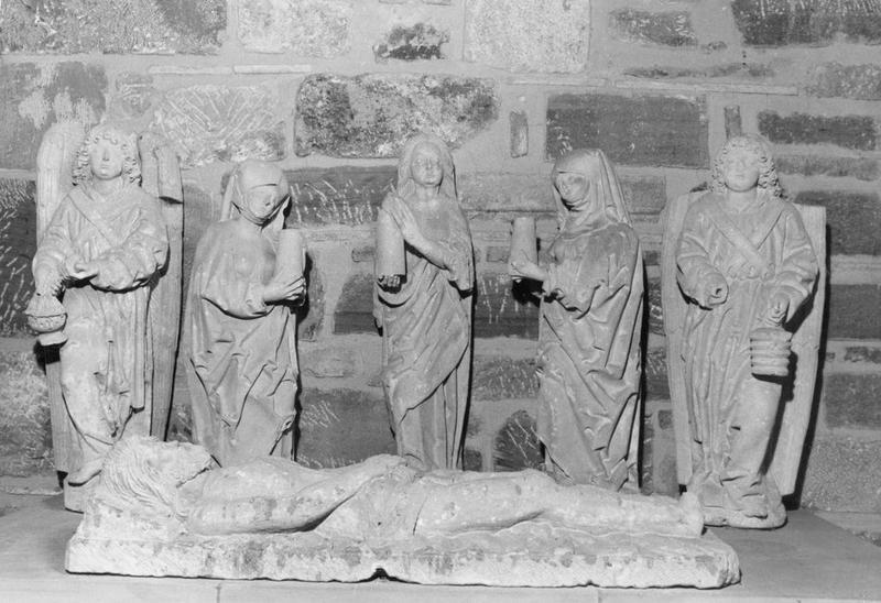 groupe sculpté (saint sépulcre), vue générale