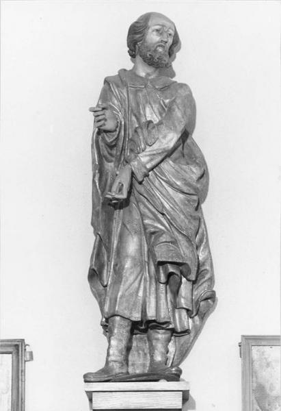 Statue : saint portant la barbe, vue générale
