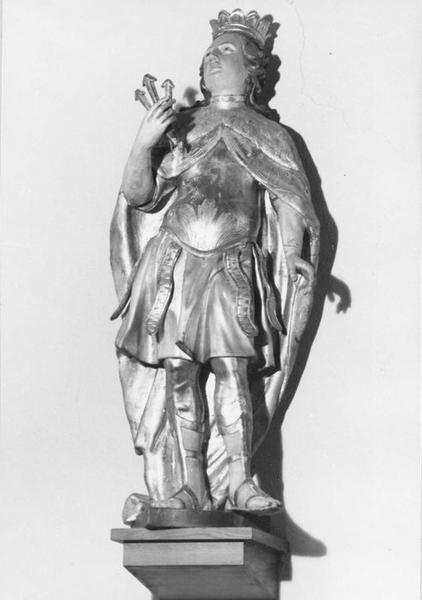 statue : saint Edmond d'Estanglie, vue générale
