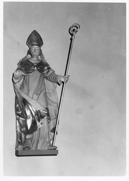 Statue : saint Martin de Tours, vue générale