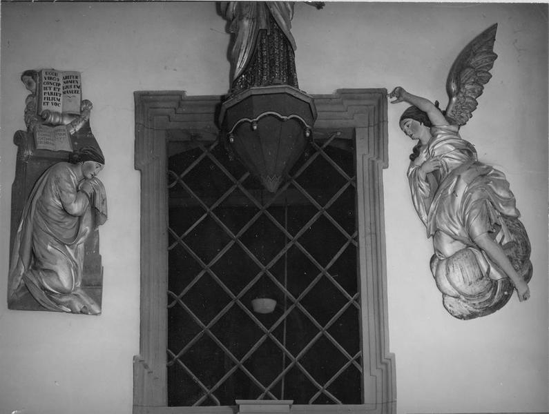 bas-reliefs (2) : l' Annonciation, vue générale