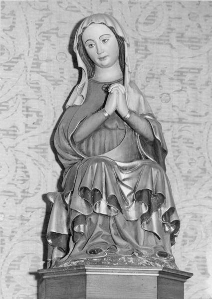 statue : Vierge, vue générale