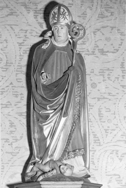 groupe sculpté : saint Valentin guérissant un épileptique, vue générale
