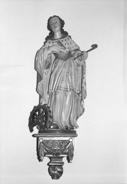 statue, console : sainte Catherine d' Alexandrie, vue générale