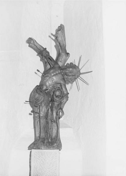 Statue : la sagittation de saint Sébastien