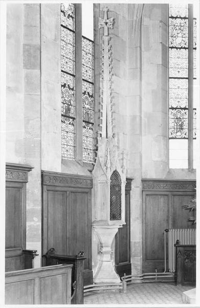tour eucharistique, vue générale