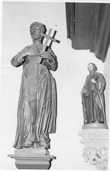 statue : saint dominicain, vue générale