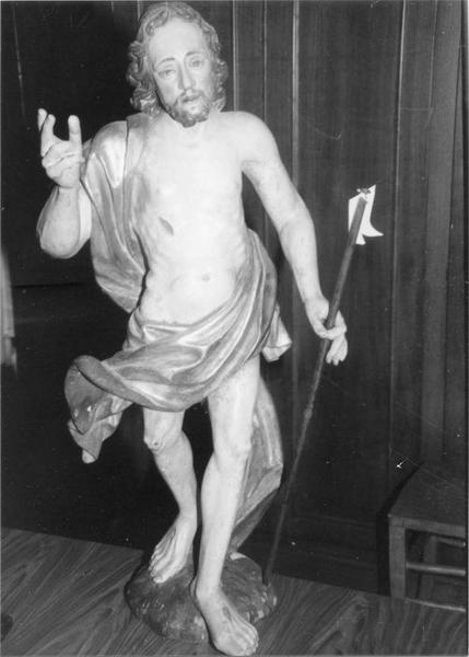 statue : Christ de résurrection, vue générale