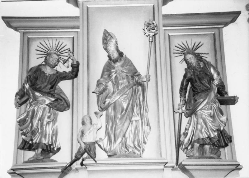 groupe sculpté, statues (2) : saint Pierre, saint Martin faisant l'aumône à un pauvre, saint Paul, vue générale