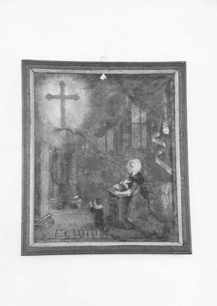 ex-voto, tableau : une jeune femme et un enfant agenouillés devant l'apparition de la Croix, vue générale