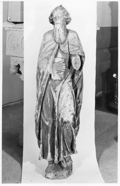statue : saint Pierre (?), vue générale