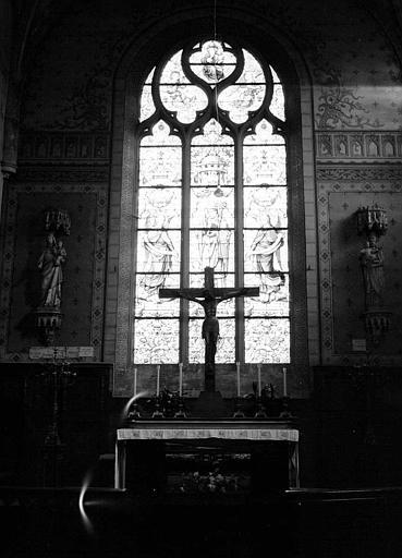 Vue intérieure : Panneau de vitrail central