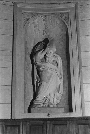 Statue : Saint Denis, plâtre
