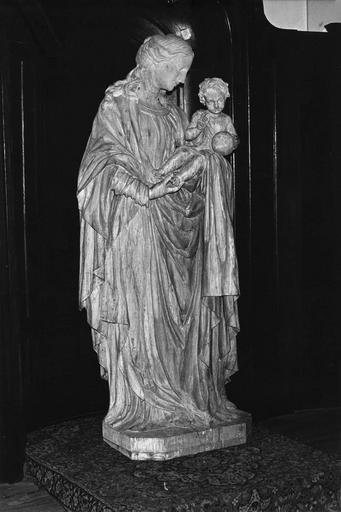 Statue : Vierge à l'Enfant, bois sculpté