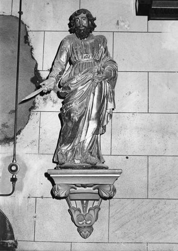 Statue : Saint Barthélemy, bois sculpté, peint, doré