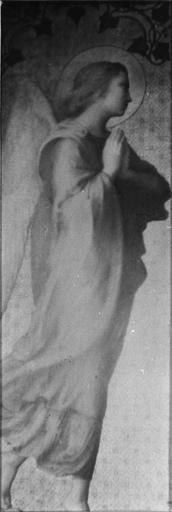 Triptyque : La Vierge à l'Enfant entourée d'anges, détail de l'ange du panneau de gauche, bois, peint, doré (détail)