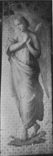 Triptyque : La Vierge à l'Enfant entourée d'anges, détail de l'ange du panneau de droite, bois, peint, doré (détail)