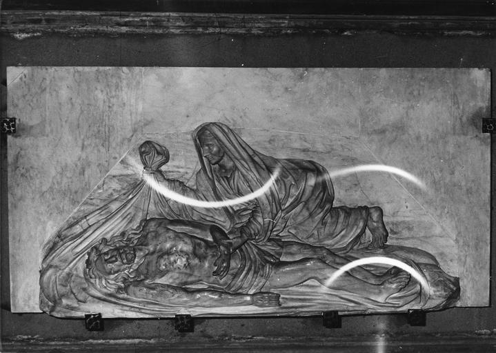 Bas-relief : L' Ensevelissement du Christ, marbre sculpté